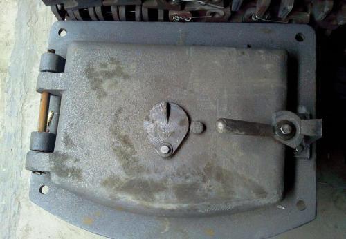 太原锅炉炉门